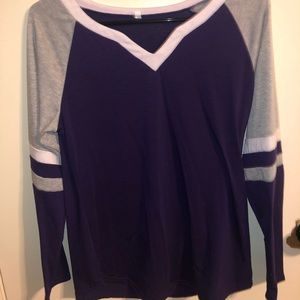 Tops - Purple long sleeve shirt